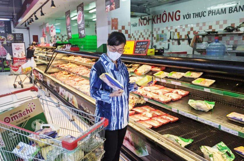 Sức mua thịt heo sạch, gà tươi tăng mạnh sau chỉ thị giãn cách TP.HCM